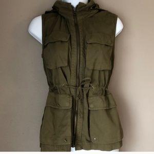 J Crew Classic Twill Chino Olive Vest Small